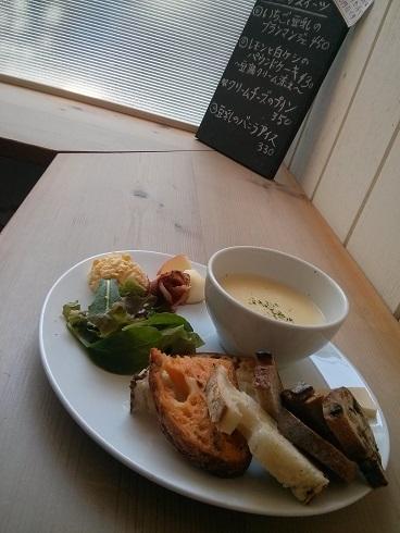 「ヤワタ+コーヒー」本八幡で女性がホッコリできる人気のカフェ