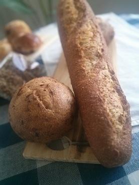 ガチ旨!人気のパンは、いつも焼き立て『墨繪(すみのえ)』新宿駅のメトロ食堂街