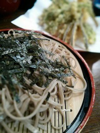 行列のできる人気店(o^-')b 老舗手打ちそば『かぎもとや』~信州☆田舎蕎麦を堪能する+・:*☆ 新緑の軽井沢