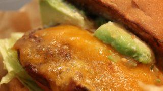 大人気『J.S.バーガーズ カフェ新宿店』10%割引きで美味しいバーガーメニューを食べよう!