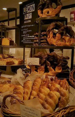 ≪最新版≫東京駅構内の美味しいパン屋さんを厳選!カフェのあるお薦めのベーカリーや天然酵母にハード系など、味と人気とオシャレ度を総合評価