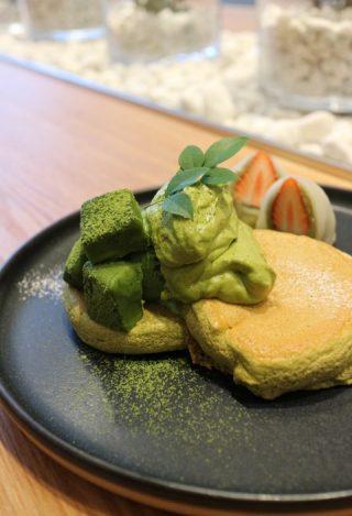 奇跡のパンケーキ「FLIPPER'S (フリッパーズ)」京都店の待ち時間や予約は?抹茶も良いけどカロリー気になるなら甘くないメニューがおススメ