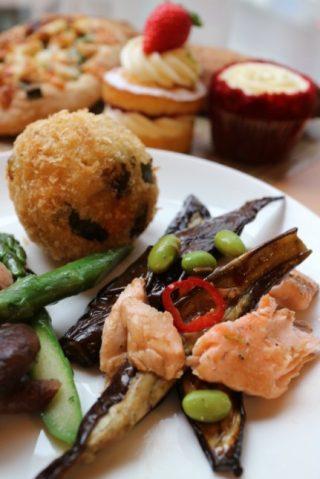 FRANZE & EVANS LONDON〈フランツ&エバンス ロンドン〉京都三条店はモーニングもランチメニューもカフェにスイーツにパンまでお洒落!