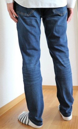 「無印良品デニム」メンズのスリムとスキニー比較!白シャツコーデはお洒落かな?≪サイズ感がわかる着画付≫