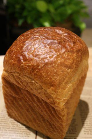 『俺のベーカリー&カフェ』グランツリー武蔵小杉店でもパンの予約販売スタート!限定「とうもろこしの食パン」の焼き上がり時間やカフェ&テイクアウトメニュー公開