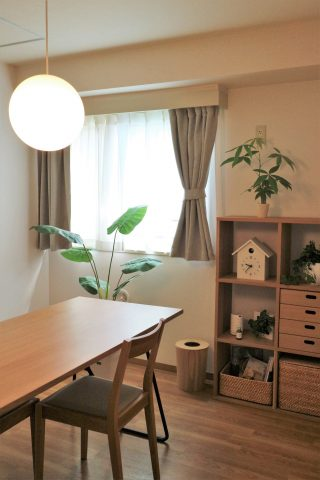 いくらで出来る?完全「無印良品」インテリアの部屋作り【実例編】おしゃれな家具のコーディネートやお得な購入方法